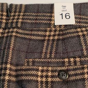 Gap women's skirt 16 plaid grey tan maroon zipper